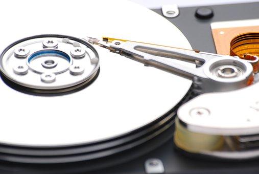 Trochę informacji o budowie dysków i odzyskiwaniu danych